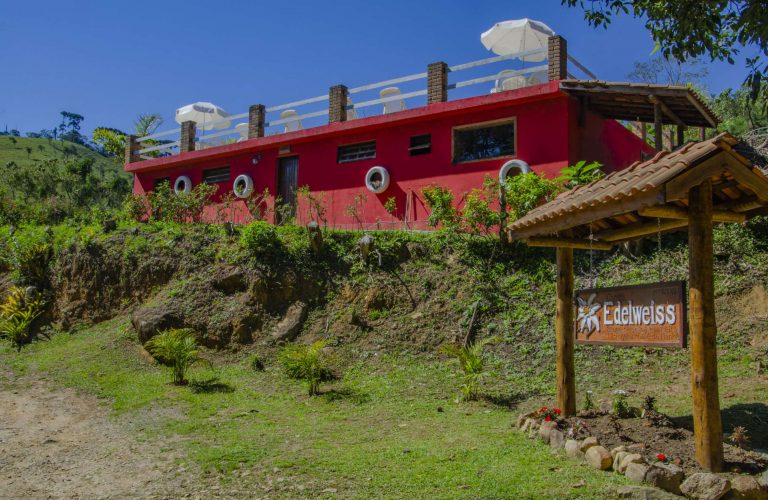 chales-edelweiss-area-externa-e-cafe-new (76)
